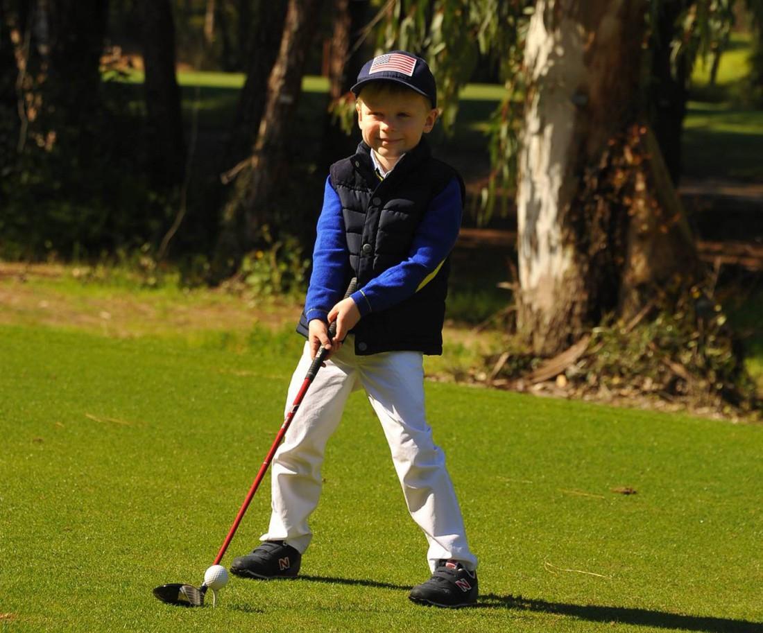 Почему ребенку стоит заниматься гольфом