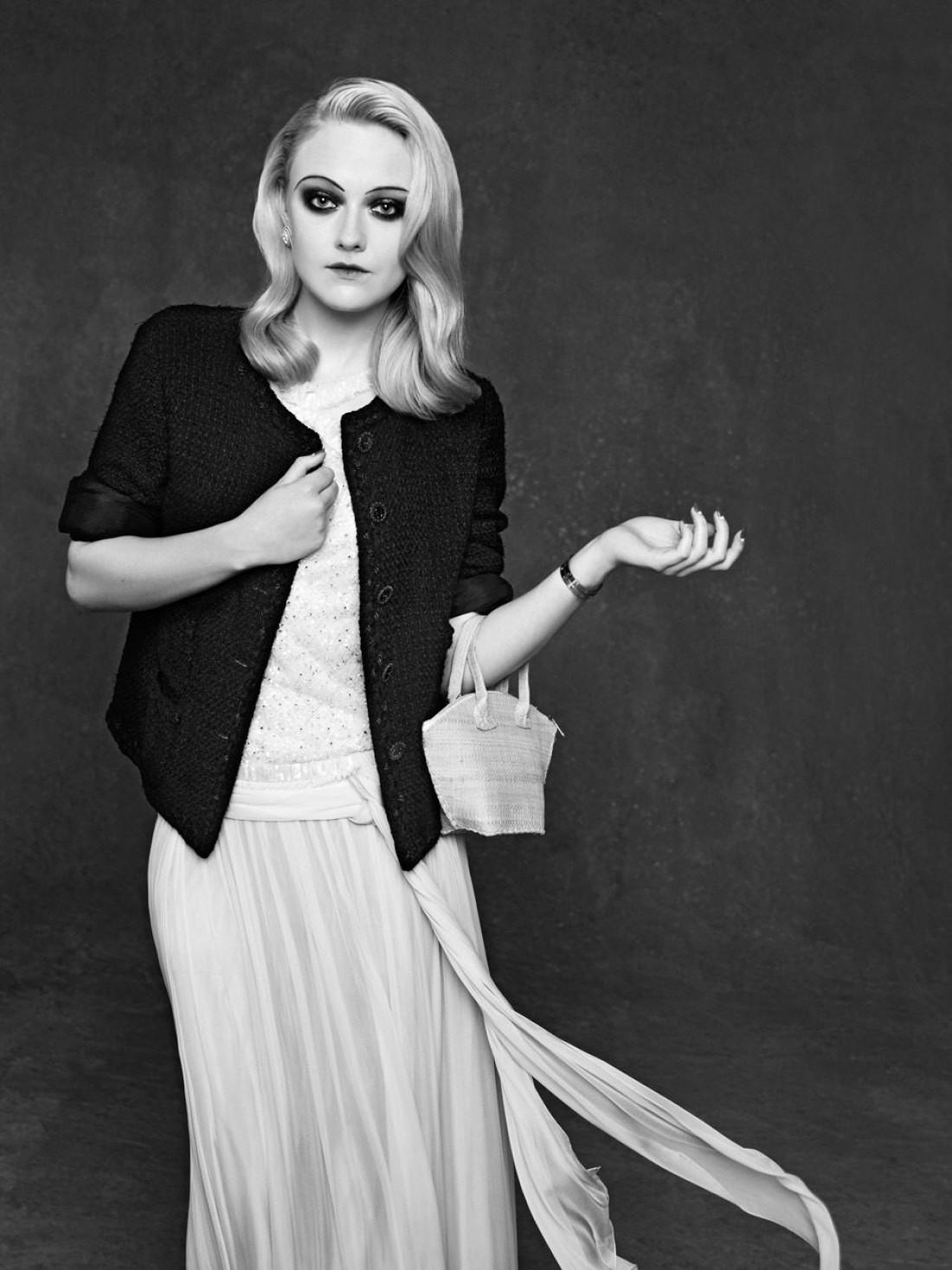 Маленькая черная куртка от Карла Лагерфельда на голливудских звездах