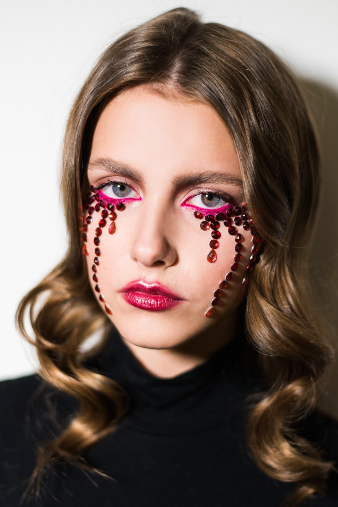 Броу-бар GROW & Ivona: макияж на Хэллоуин