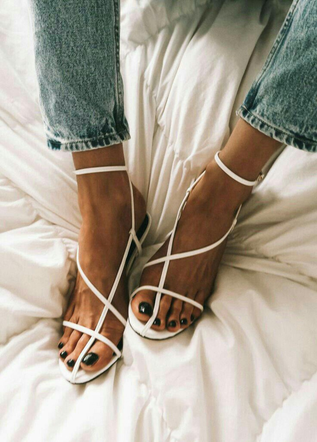 Модные босоножки на лето 2019: ТОП-10 самых актуальных моделей