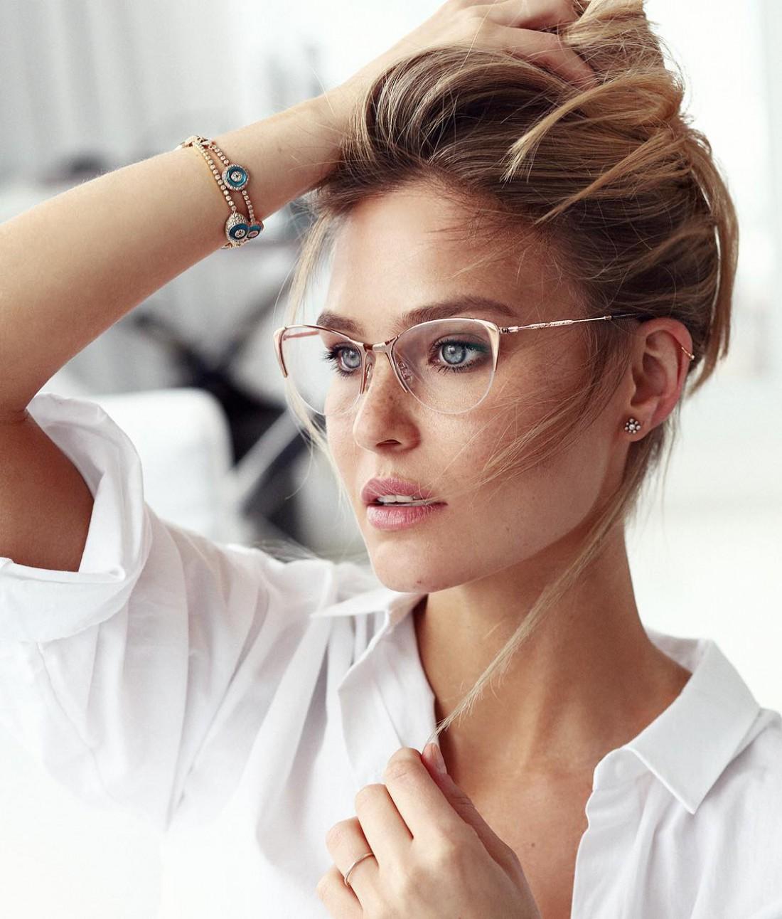 Бывшая подружка ДиКаприо модель Бар Рафаэли родила дочку