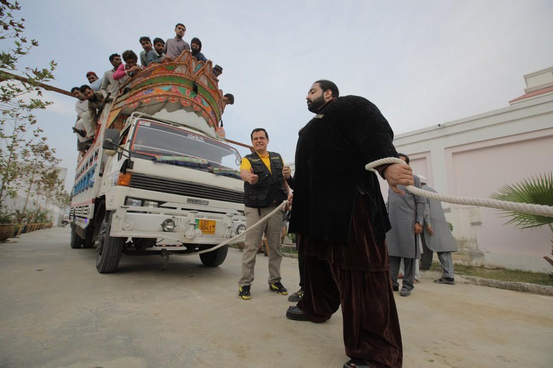 «Мир наизнанку» в Пакистане