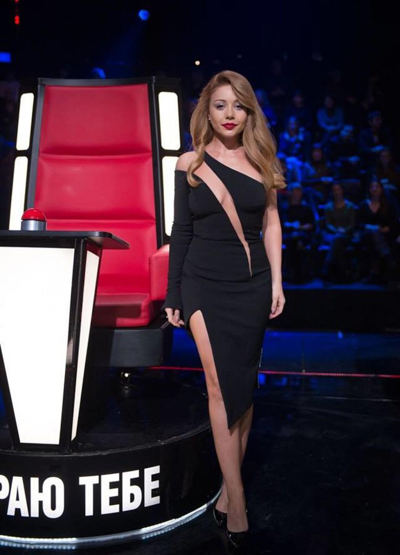 32-летняя артистка во время эфира шоу Голос країни 7