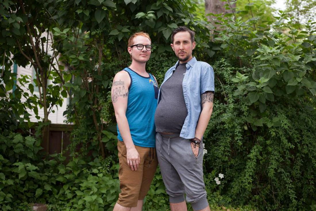 Беременный трансгендер
