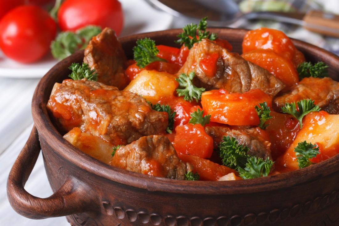 Что приготовить на обед: Мясное рагу с овощами