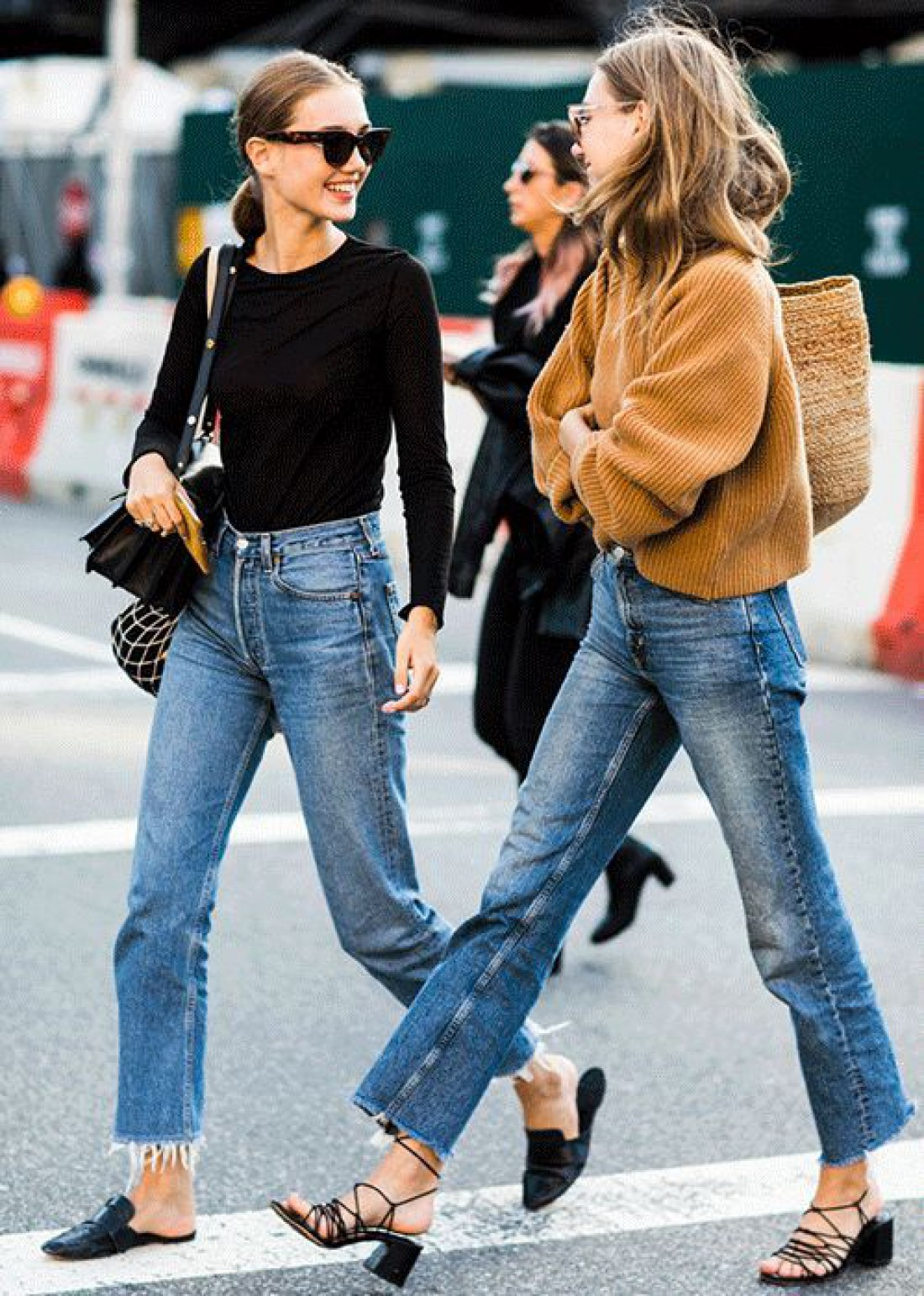 Совершенно точно изюминкой этой весны станут джинсы с рваным краем