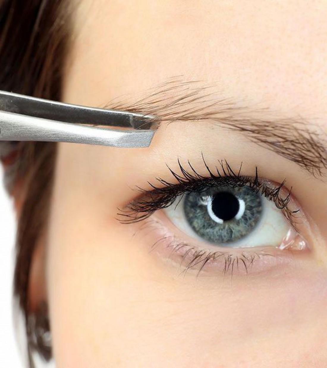 Как правильно выщипывать брови? 5 лучших советов специалиста