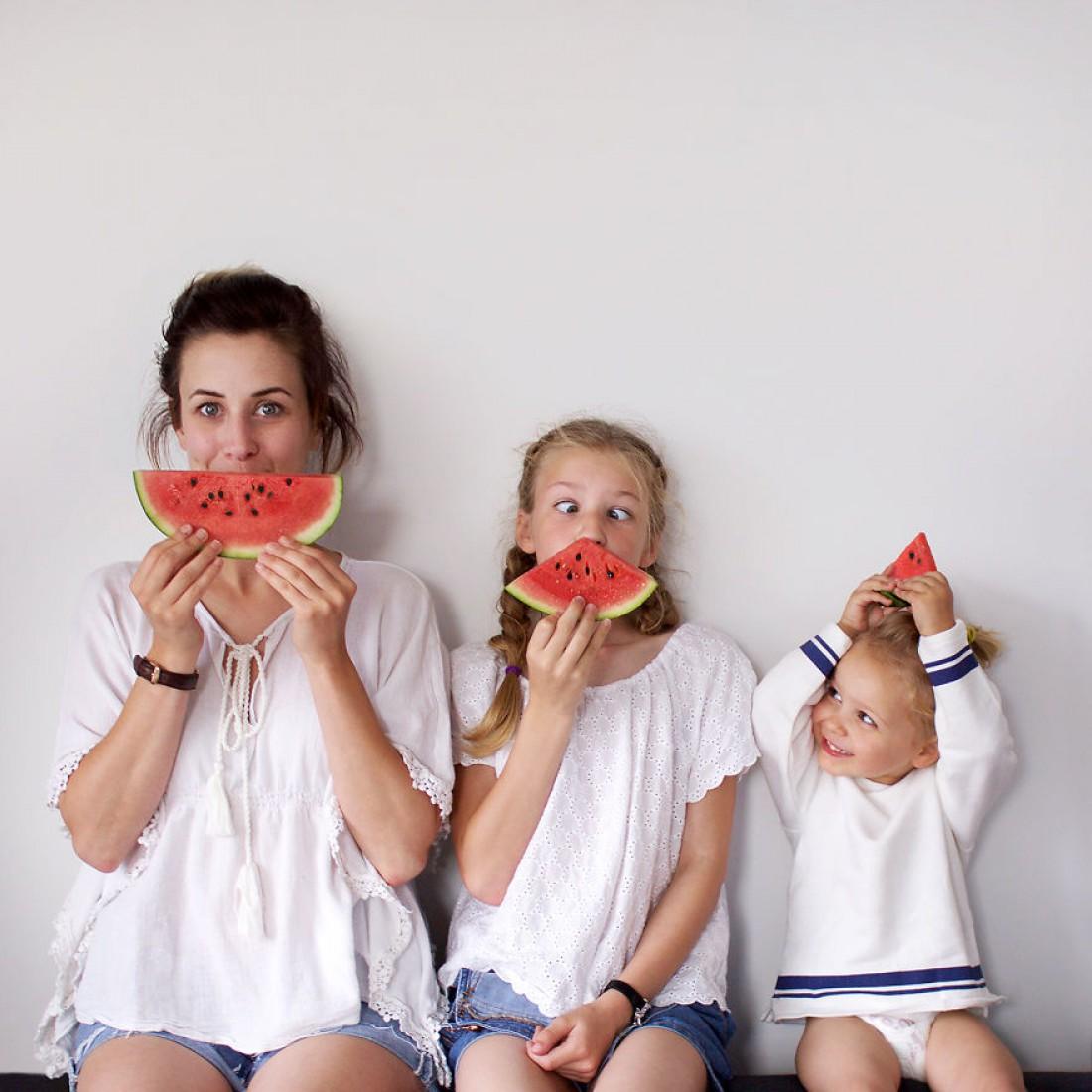 Доминик со своими дочками Амелии и Пенни