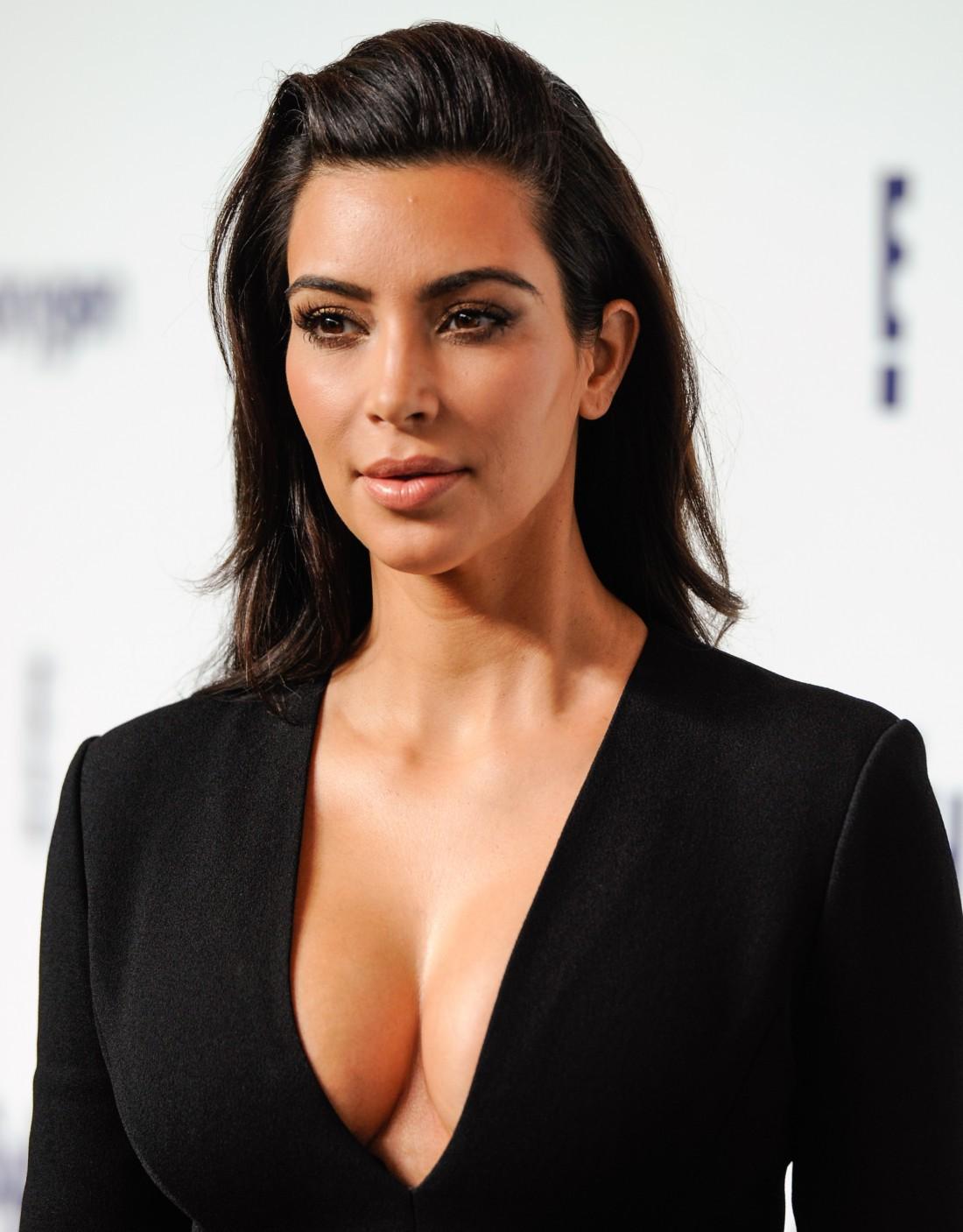 Ким Кардашян раскритиковали за рекламу рекомендации