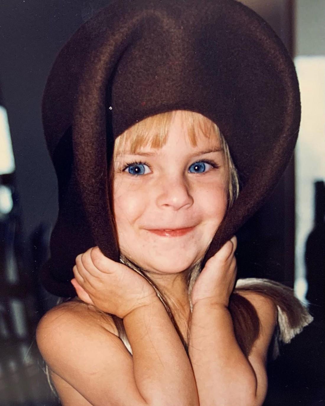 Деми Мур показала смешные фото дочери Таллулы Уиллис
