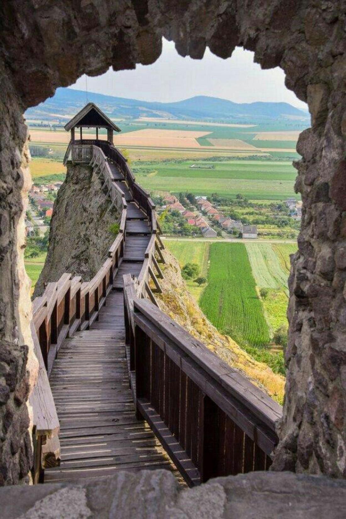 Вид со стен замка Эгер