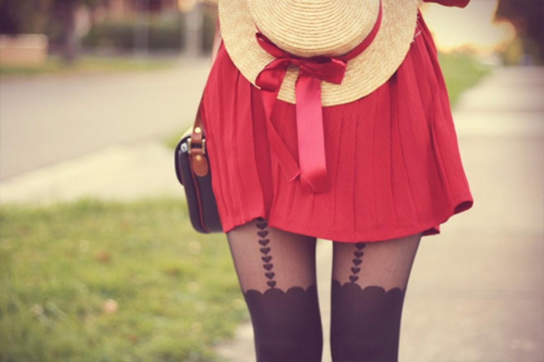 Фото девушек в красных юбках 19 фотография