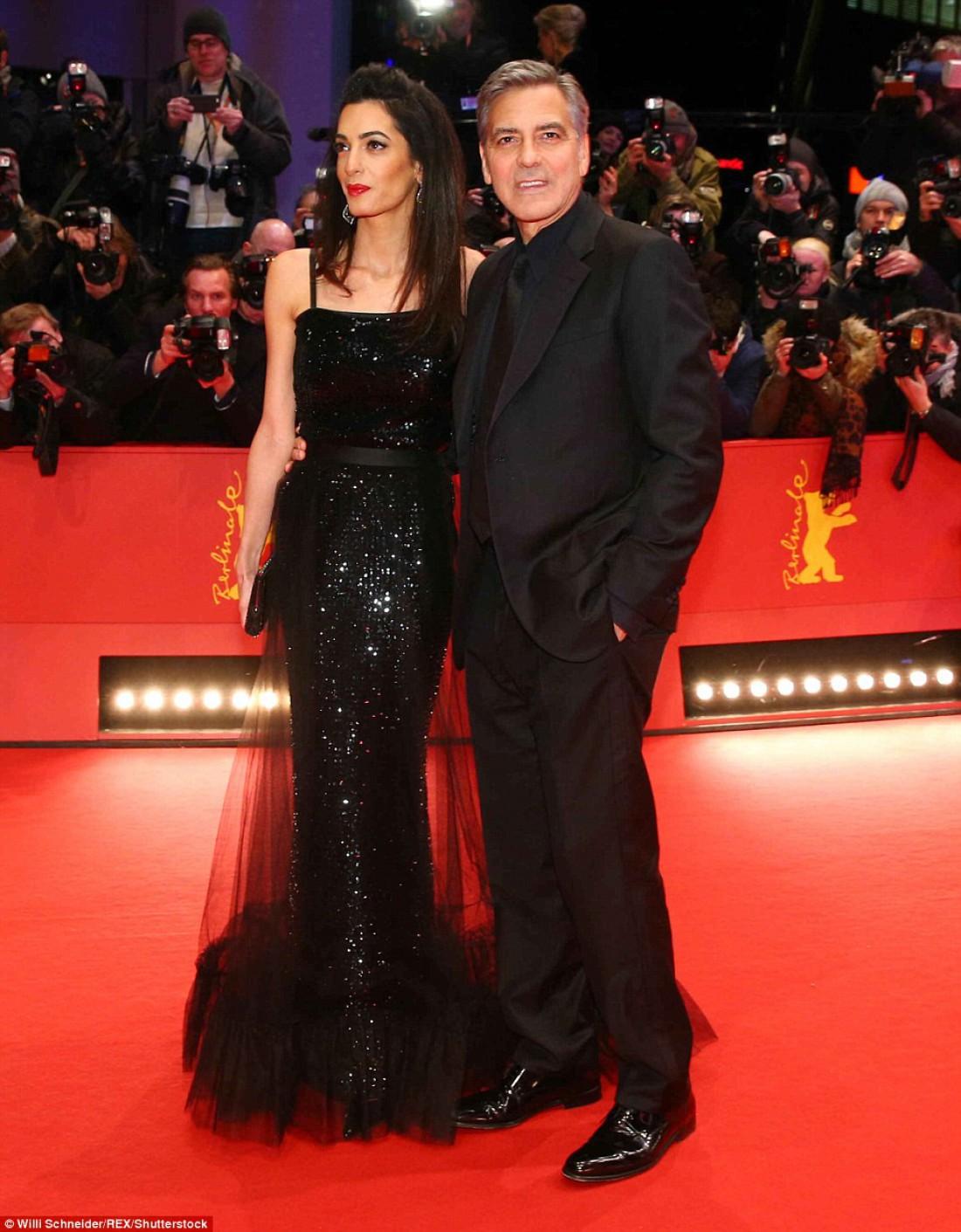 Джордж Клуни и Амаль Алламудин посетили открытие Берлинского кинофестиваля 2016