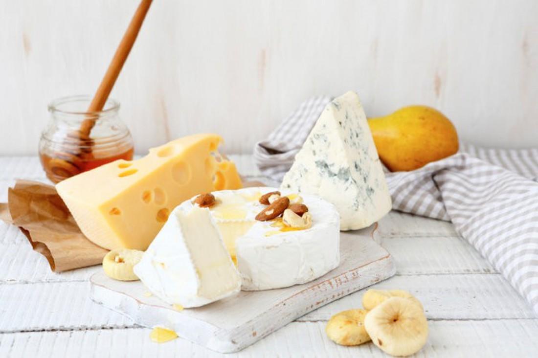 Ученые: люди могут испытывать наркотическую зависимость от сыра