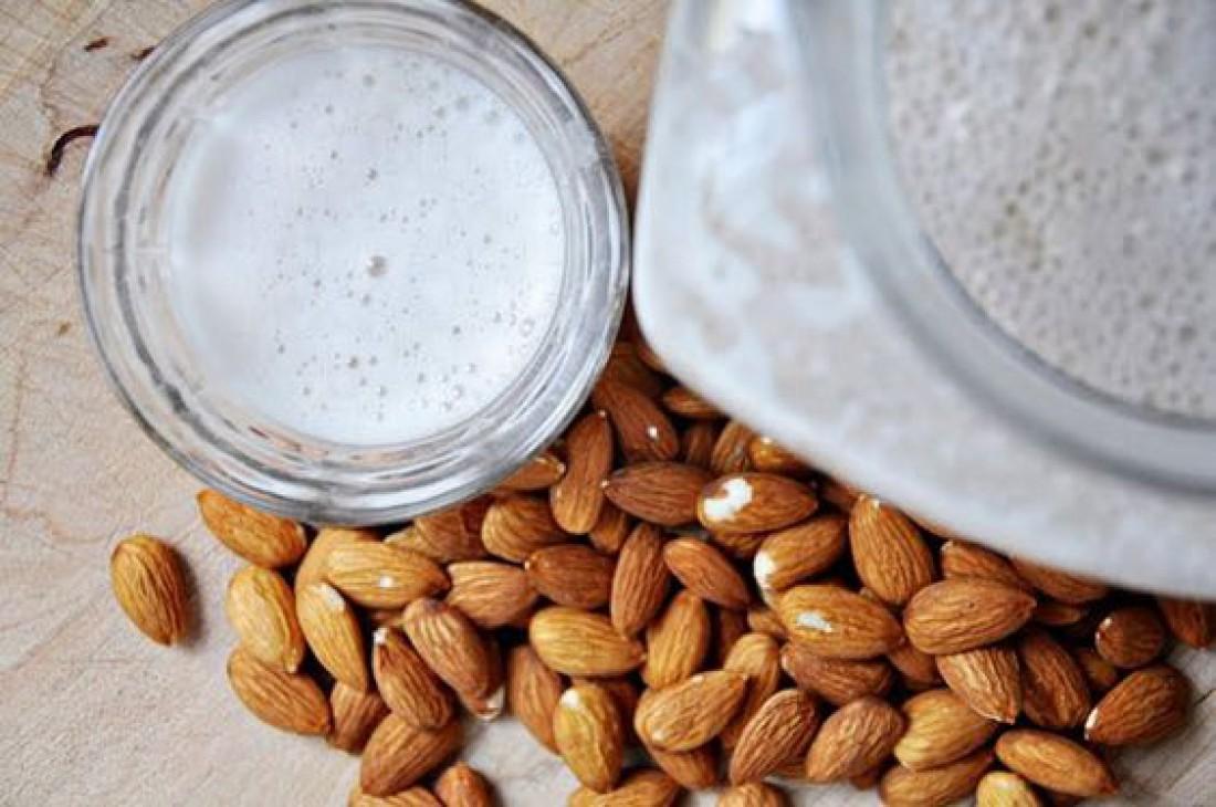 Миндальное молоко: как приготовить в домашних условиях