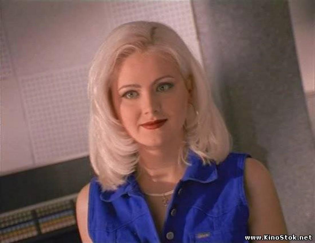 Такой Натали была в 1998 году. Здесь ей 24 года.