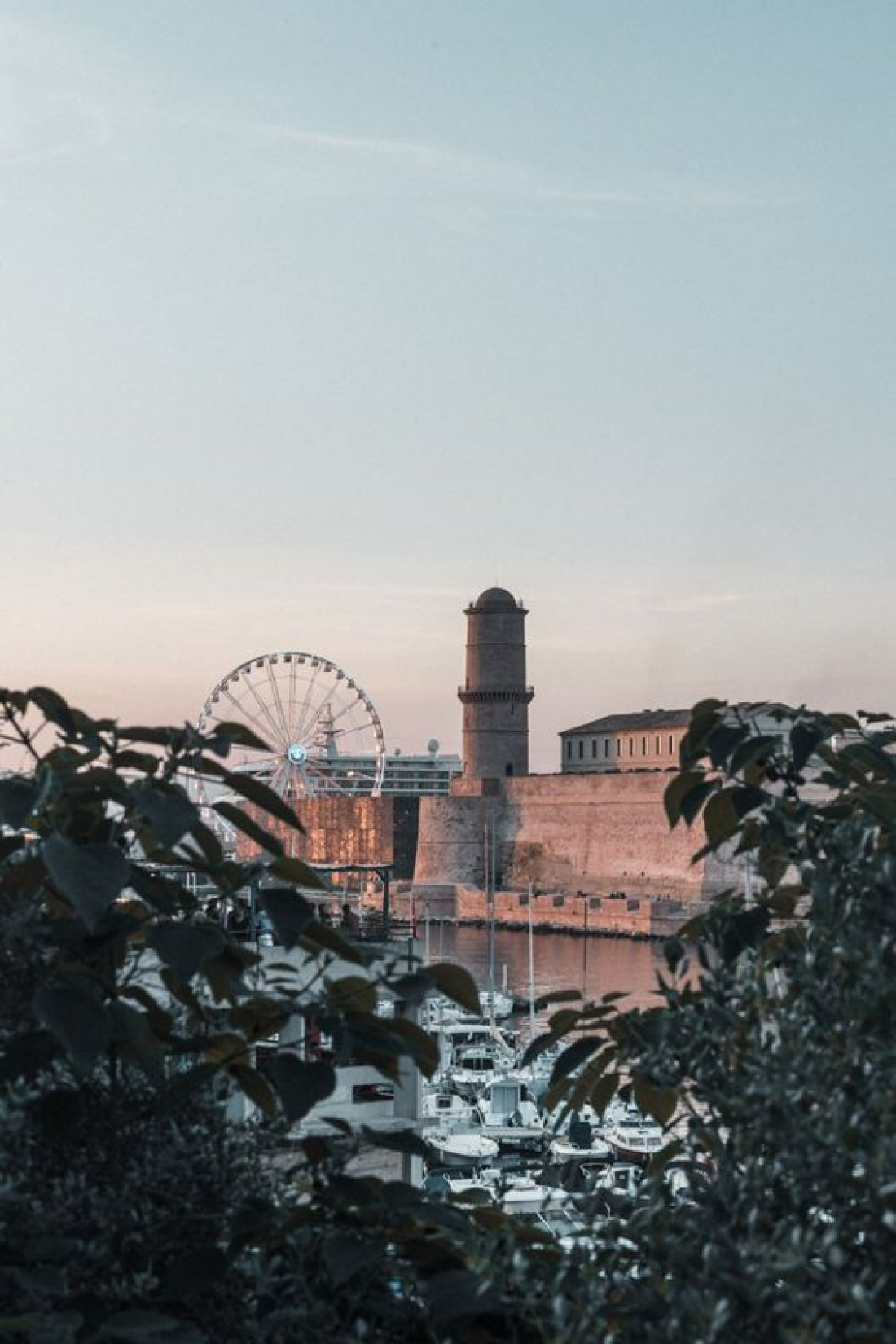 Город Марсель во всей красе