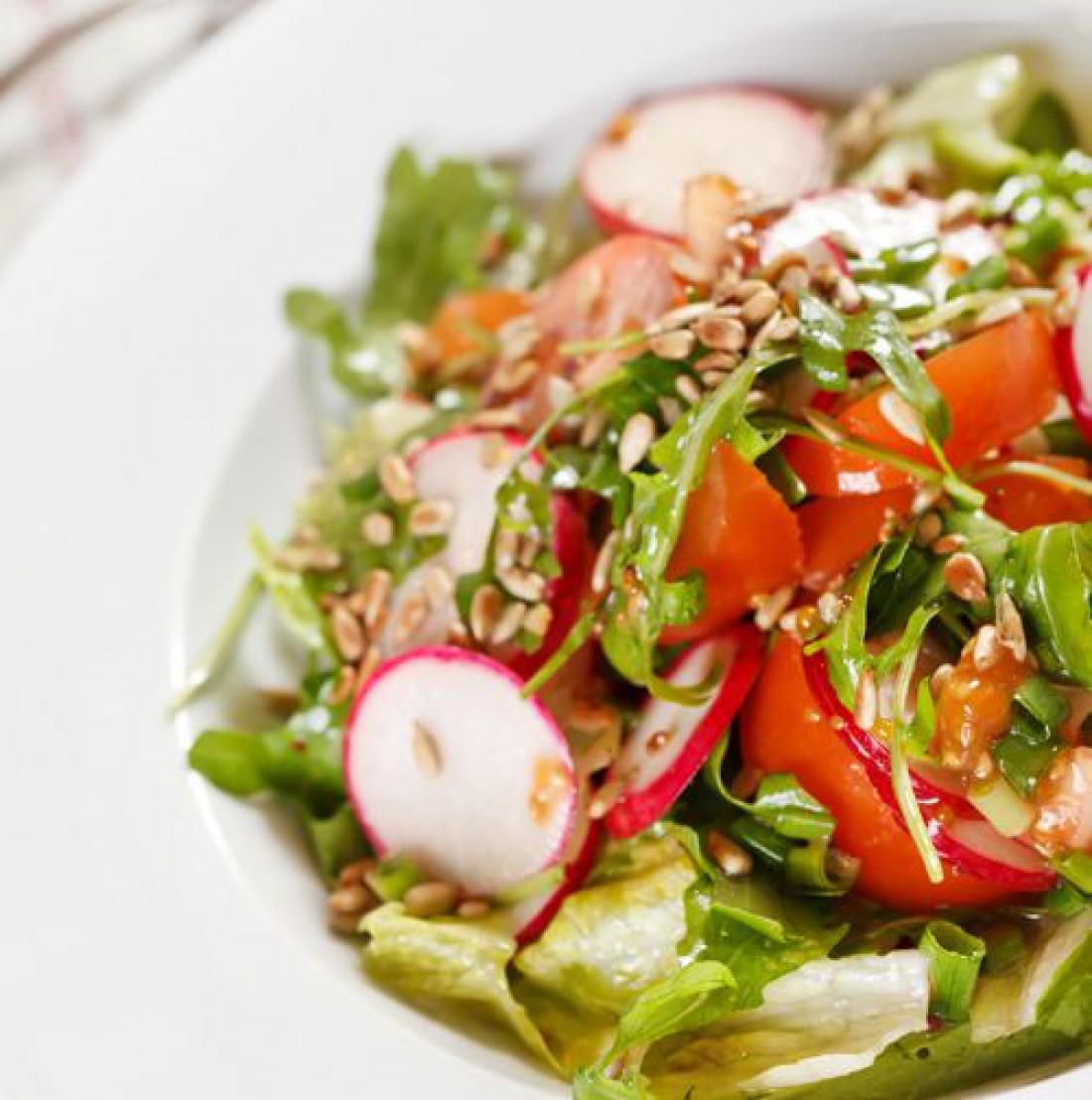 Лучший весенний салат из редиса: быстрый пошаговый рецепт