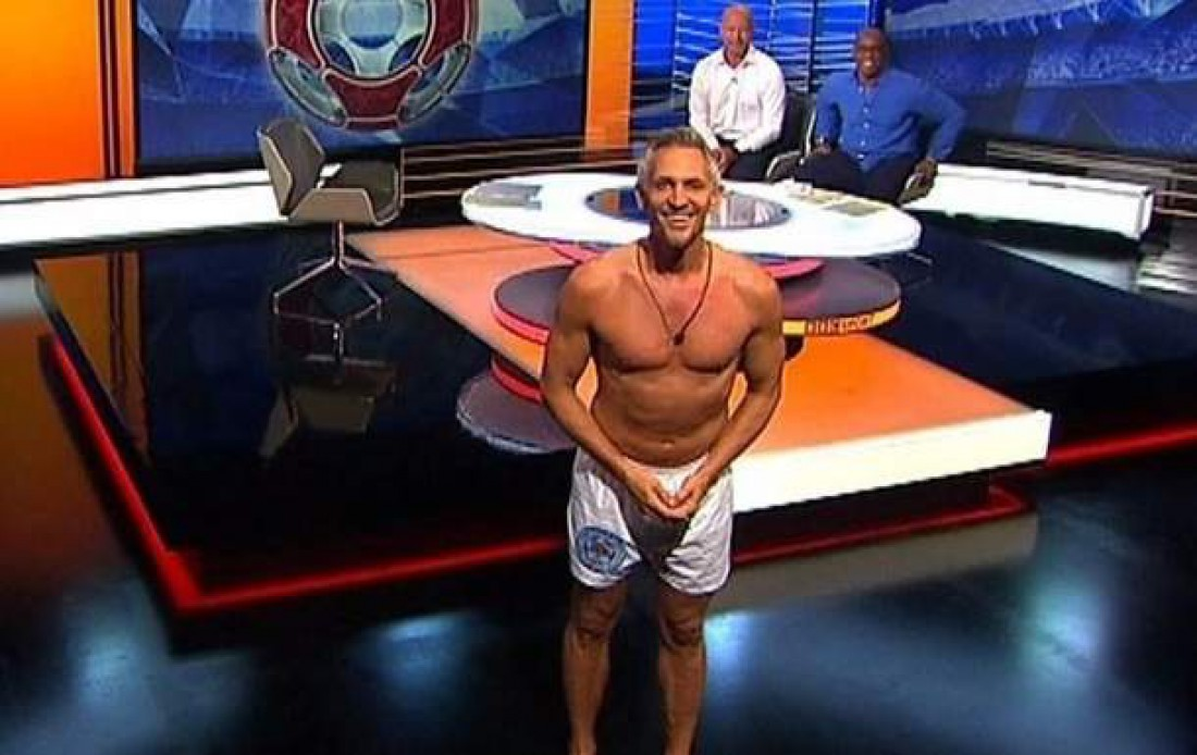 Телевизионный ведущий BBC Гари Линекер вышел вэфир водних трусах