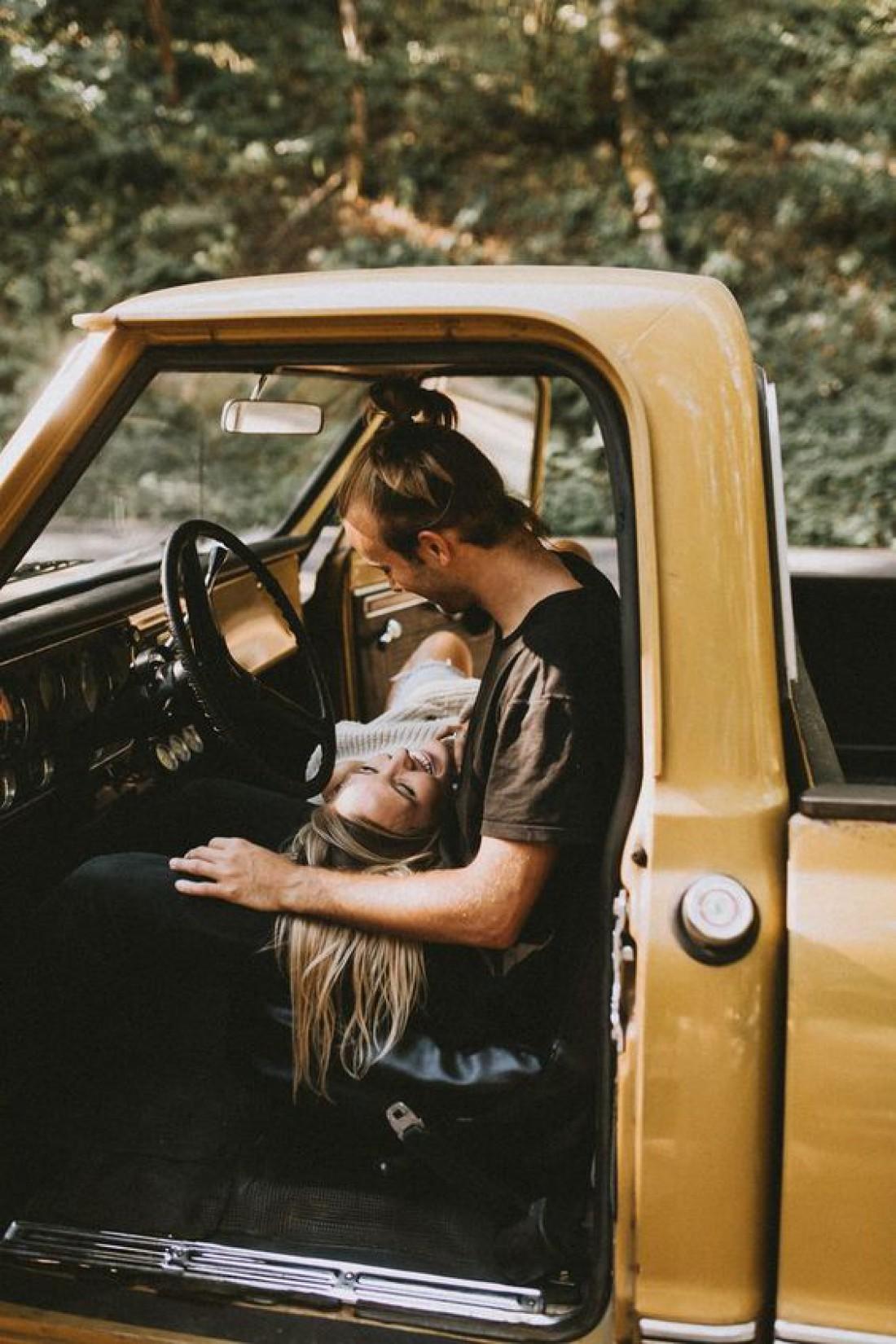 Секс в машине: 5 правил удовольствия