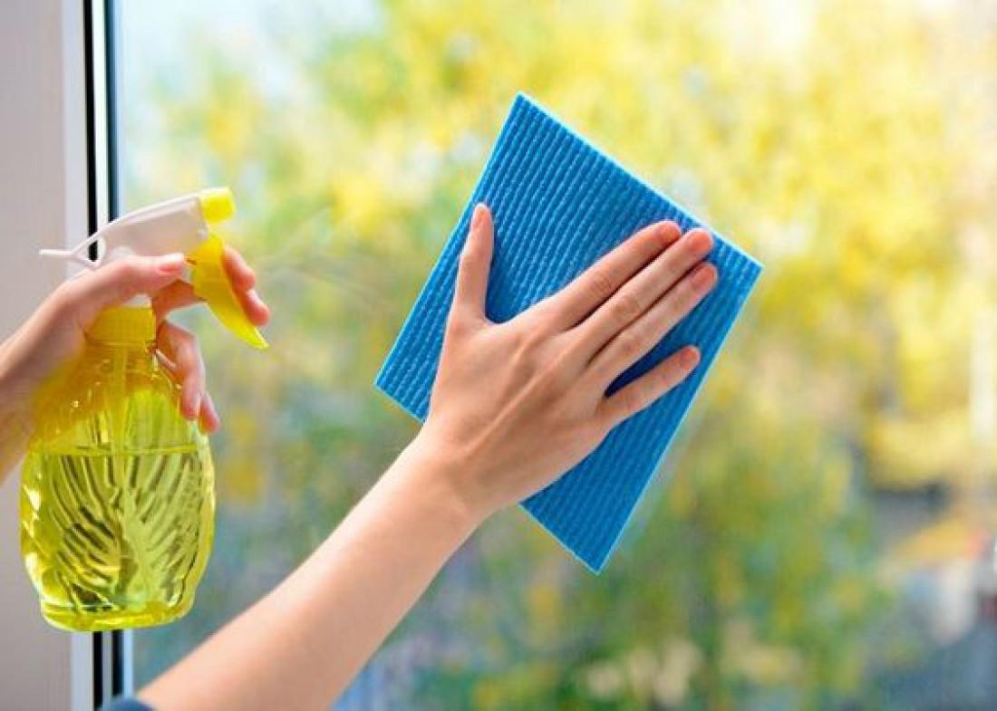 Как и чем мыть окна в домашних условиях: Лайфхаки и полезные рецепты