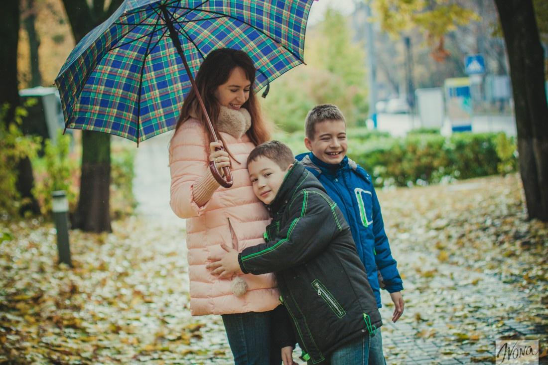 Елена со своими детьми – Ярославом и Вовой