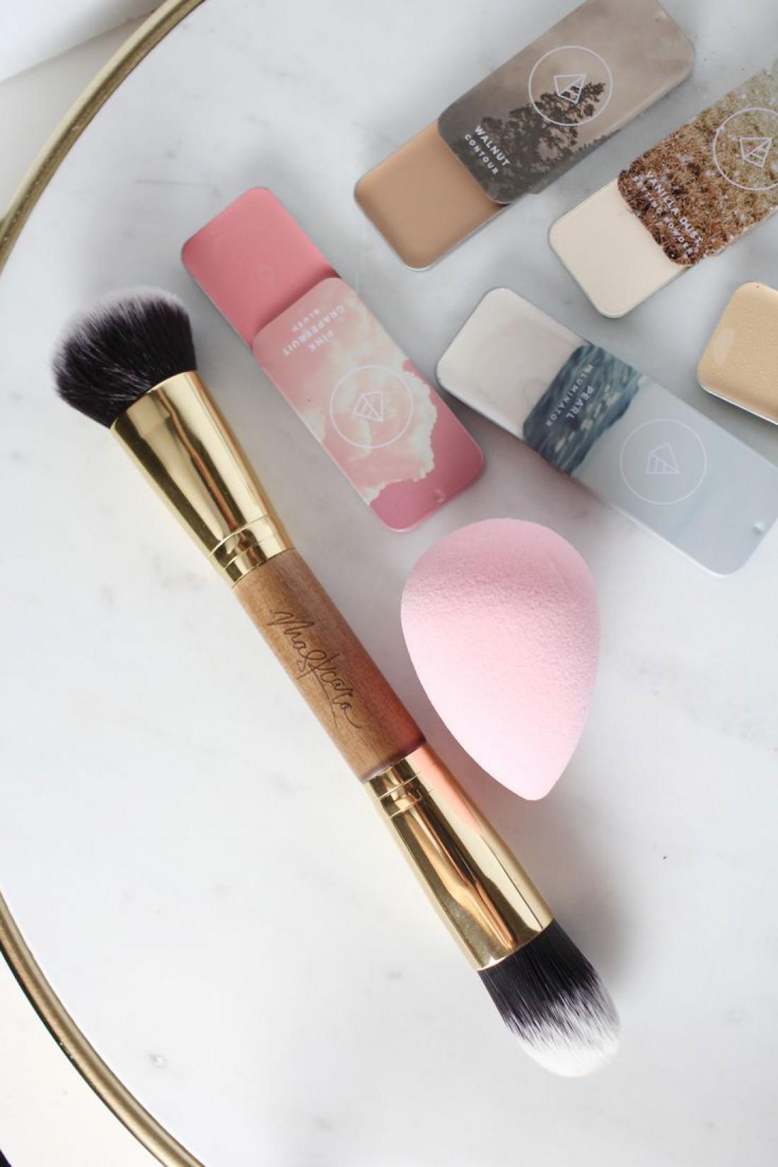 Спонж незаменимая вещь для макияжа