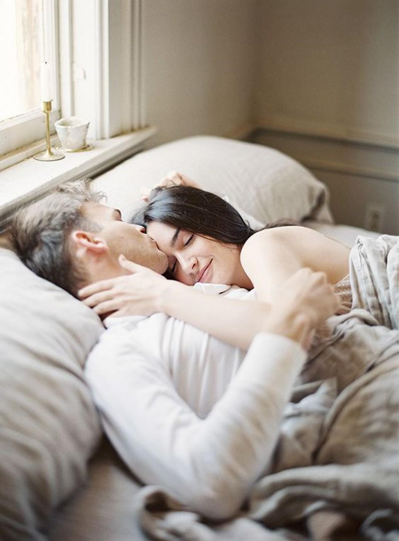 ТОП-8 признаков, что он знает о сексе только из порно