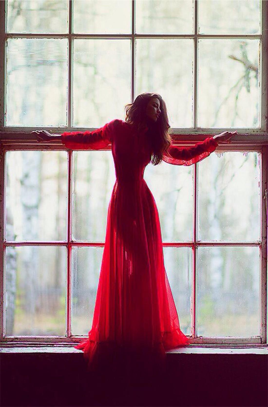 Красное платье на День святого Валентина сведет его с ума