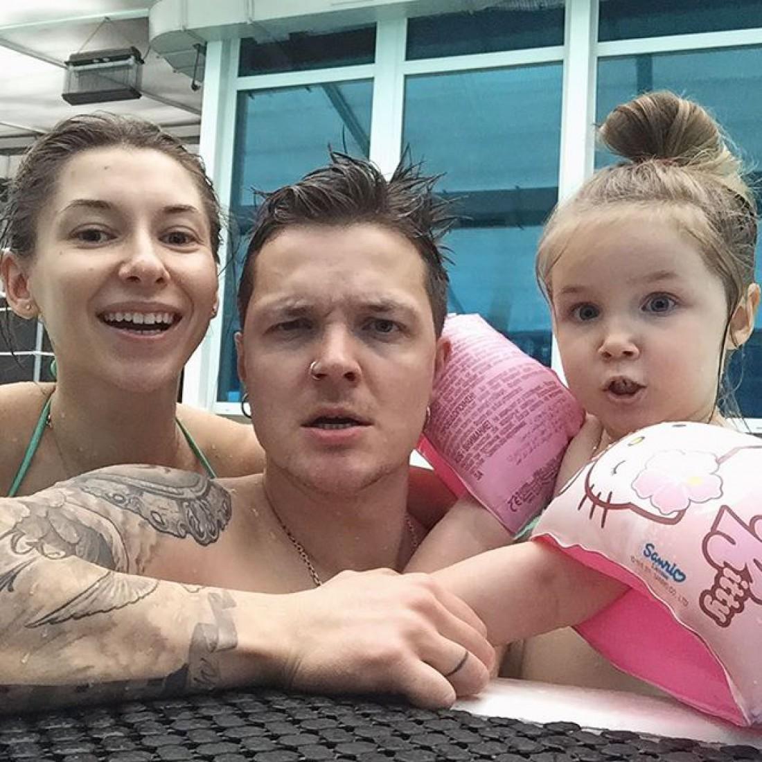 Женя Галич с женой и дочкой