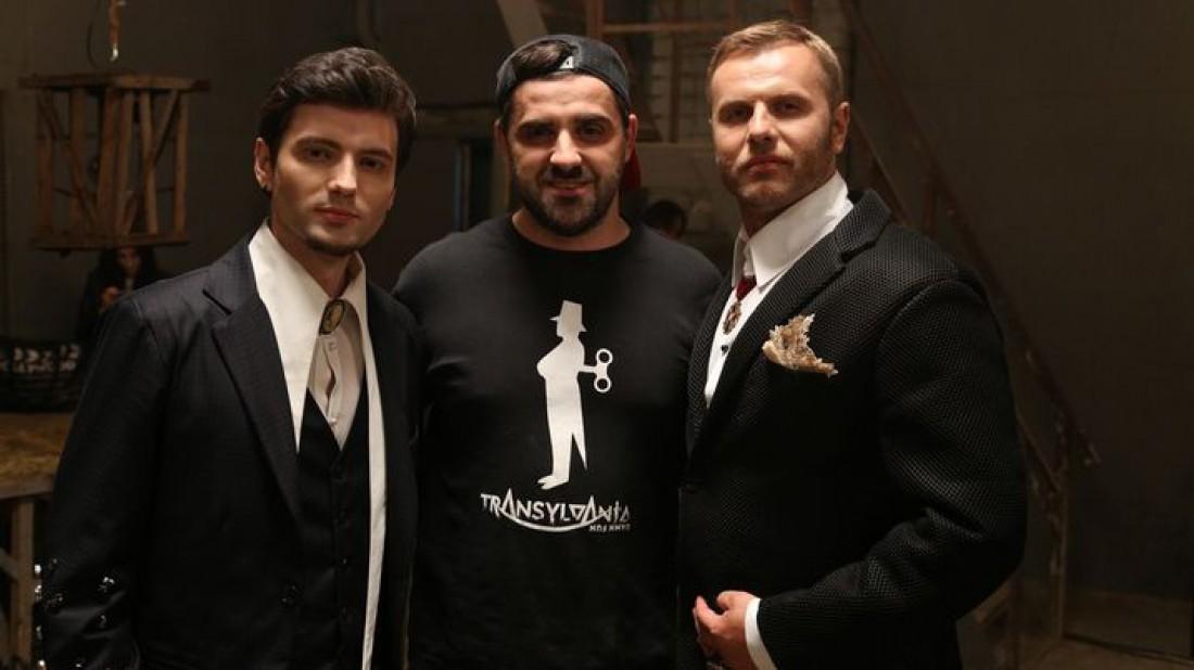 Любомир Левицкий (по центру) и группа участники Transylvania Damn Fun