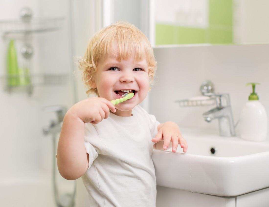 Причина скрежета зубов у детей