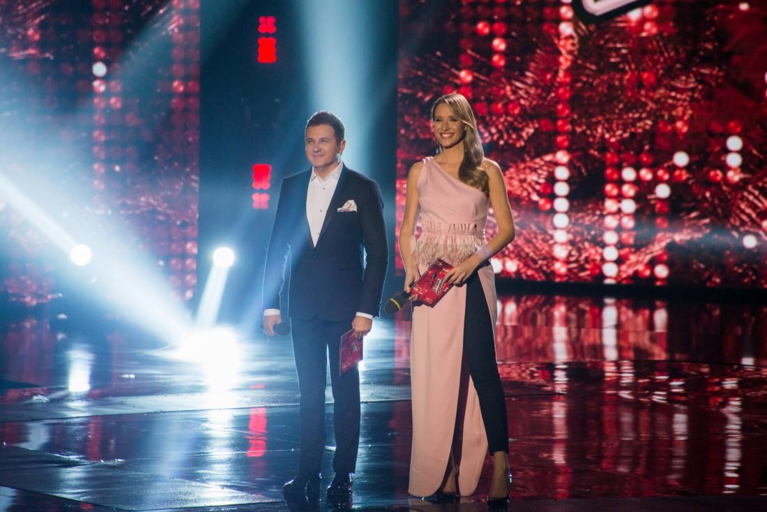 Ведущие шоу – Катерина Осадчая и Юрий Горбунов