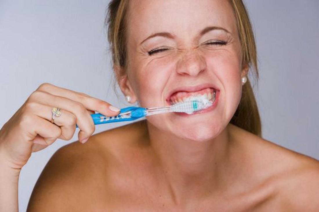 Зубы - не волосы, не отрастут: Мифы и реалии здоровой улыбки