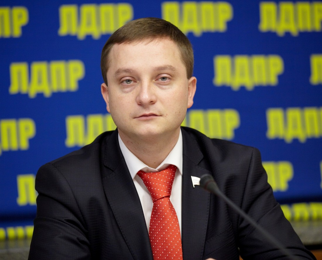 Депутат от партии ЛДПР Роман Худяков