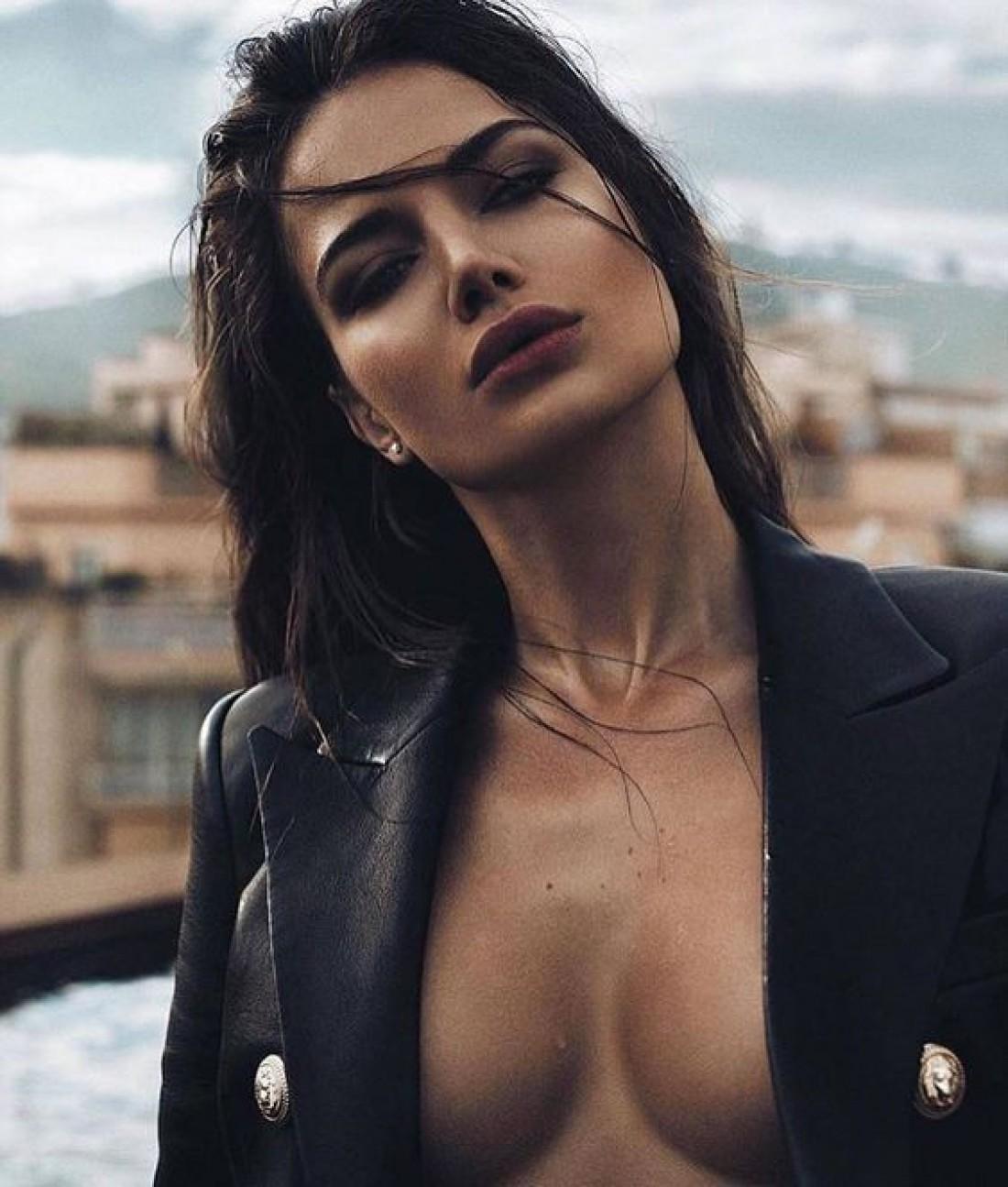 ТОП-8 секретов сексуальности француженок