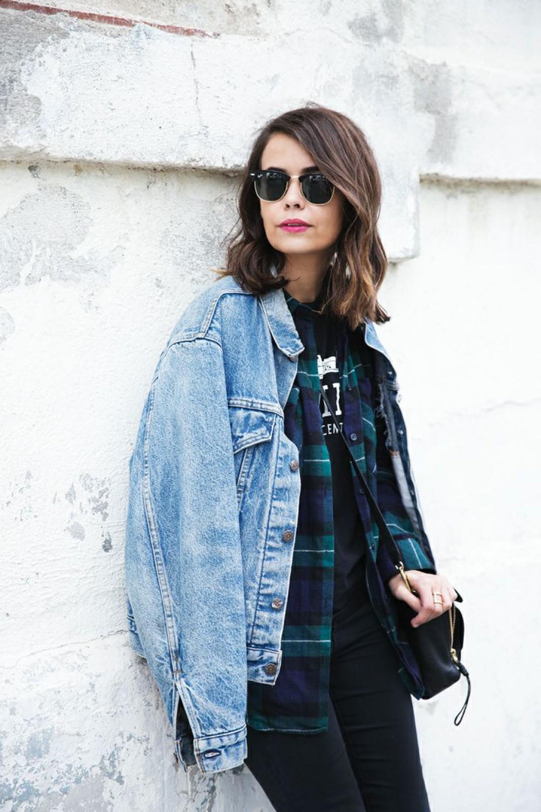 Джинсовая куртка заслуженно занимает лидирующие позиции в весеннем гардеробе