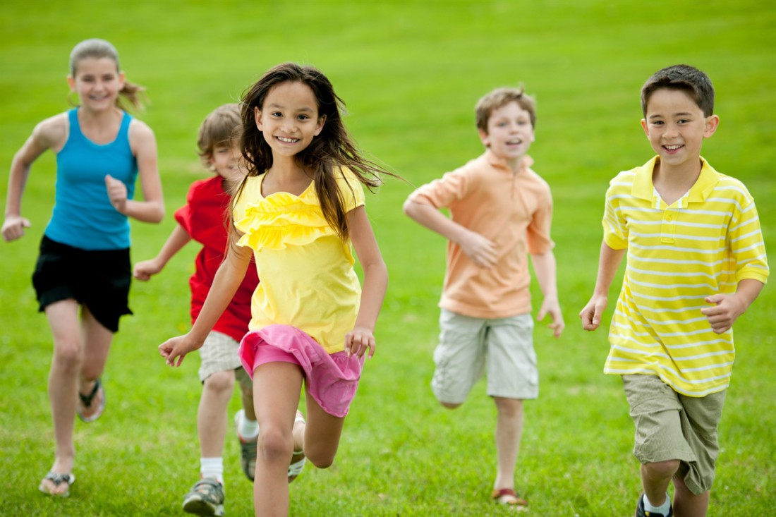 Почему детям важно больше гулять