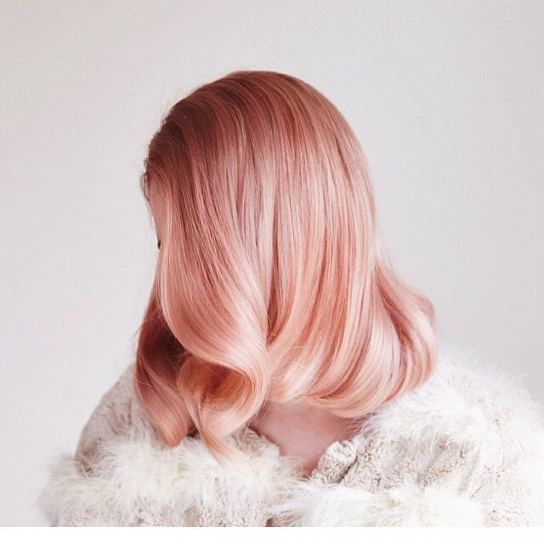 Розовые волосы – горячий тренд весны 2016