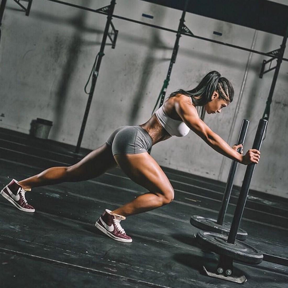 упражнения в спортзале на сжигание жира