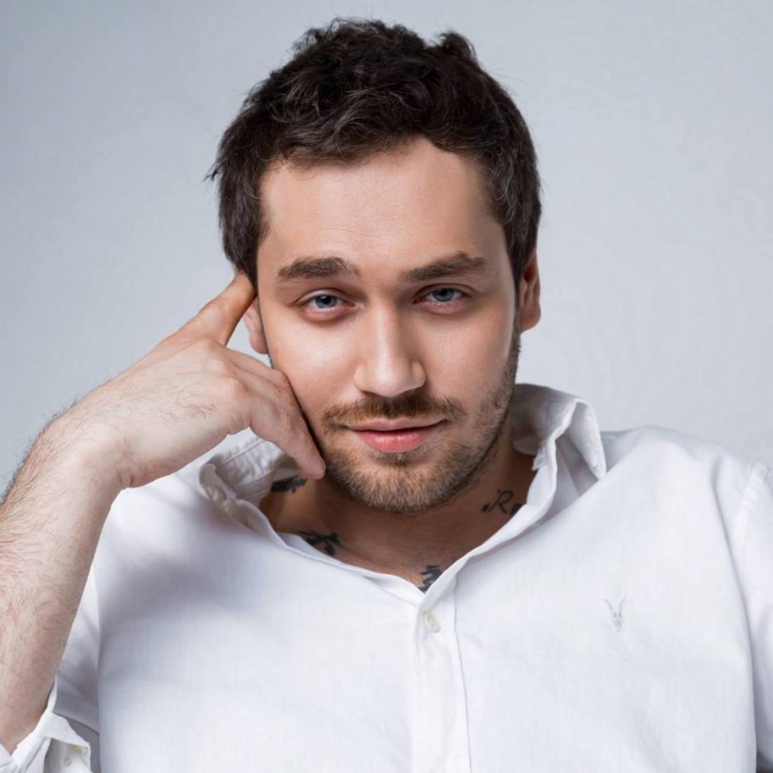 Новым героем шоу «Холостяк» стал Rozhden