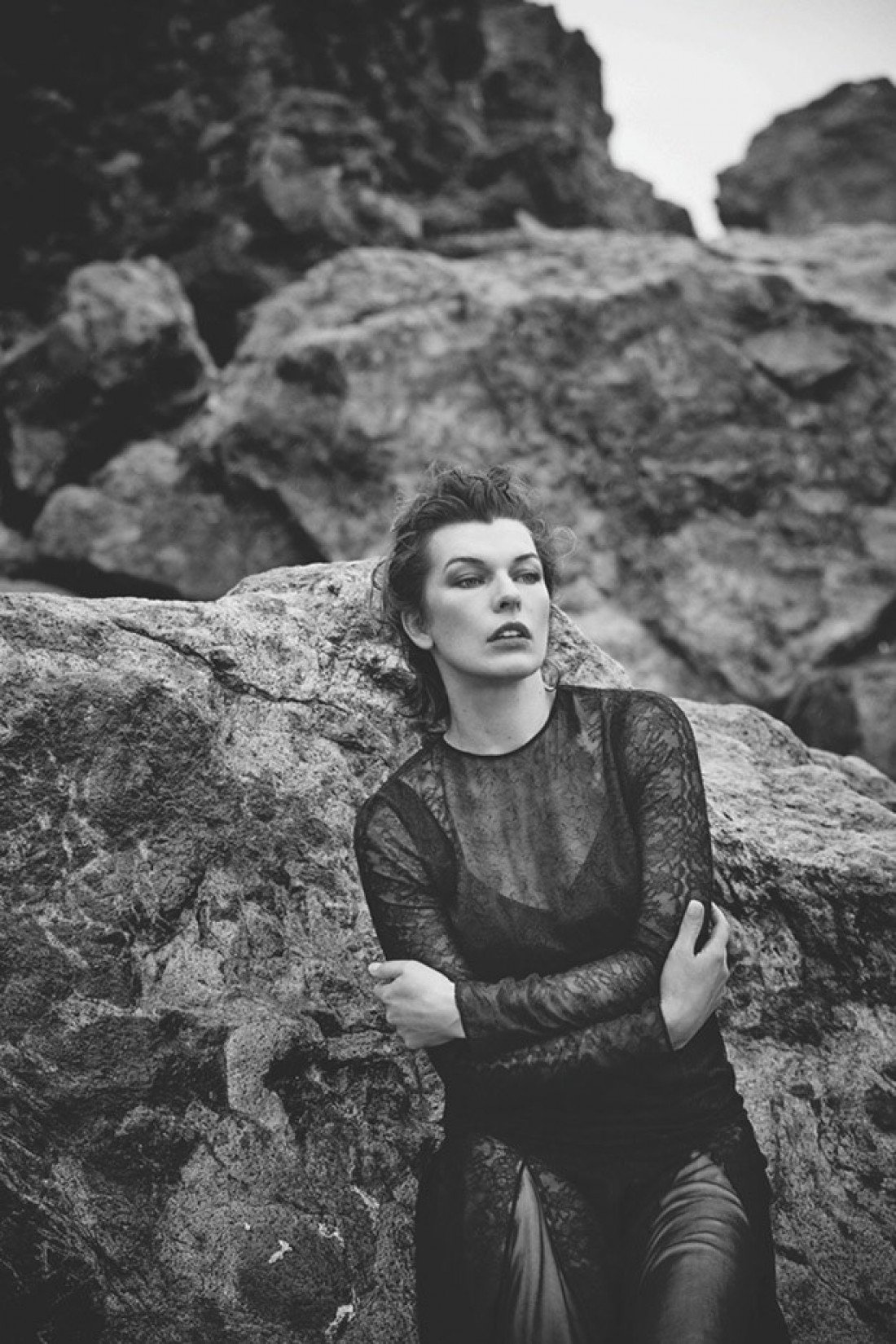 Мила Йовович на страницах Harper's Bazaar Spain