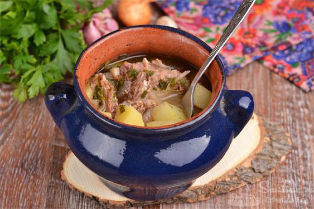 Что приготовить на католическую Пасху: Жаркое из баранины с овощами