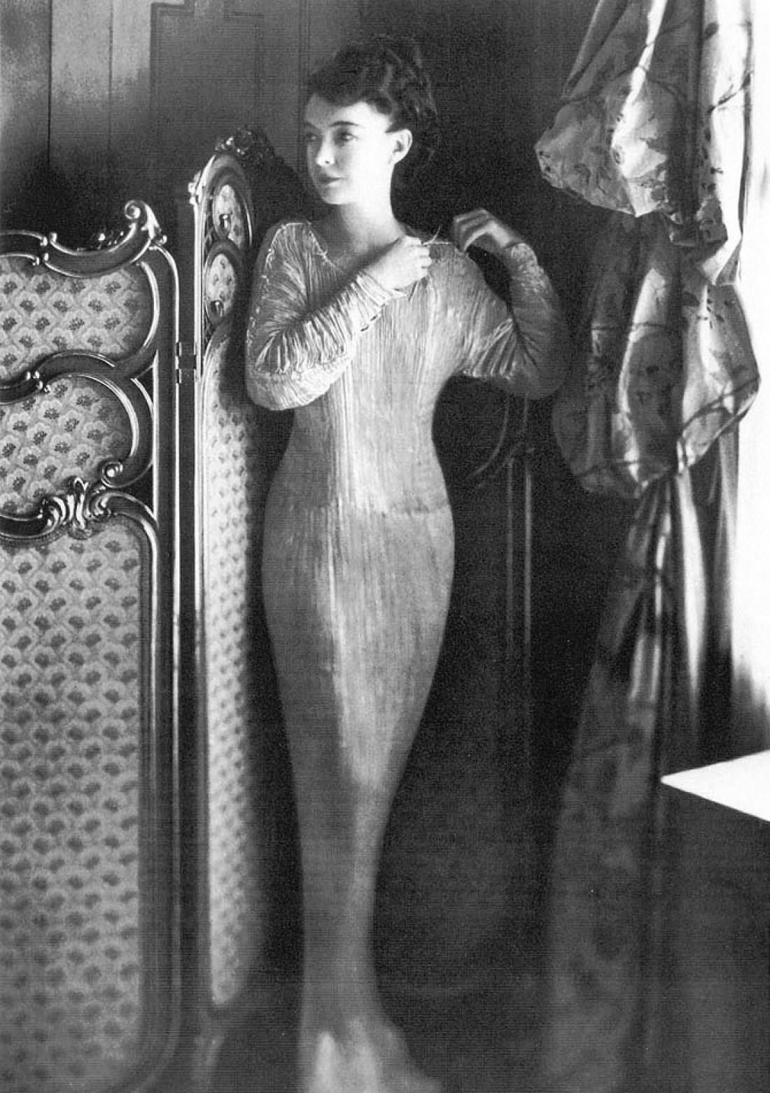 Платье Delphos Мариано Фортуни
