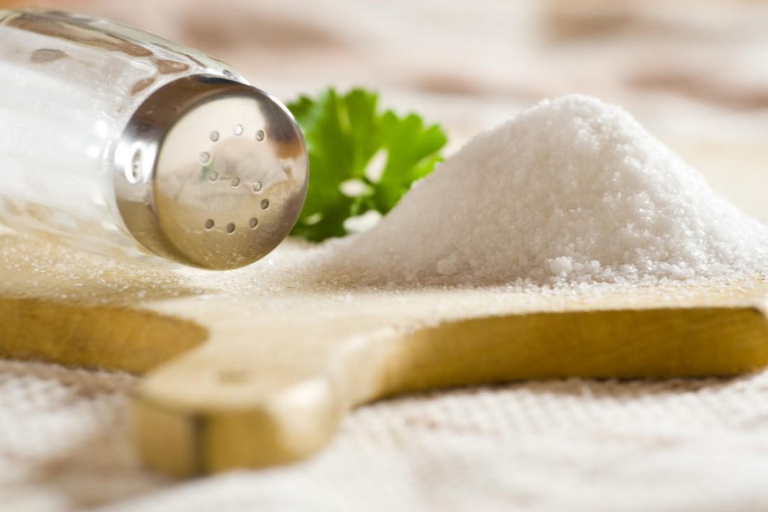 Ученые: Беременным лучше не злоупотреблять солью