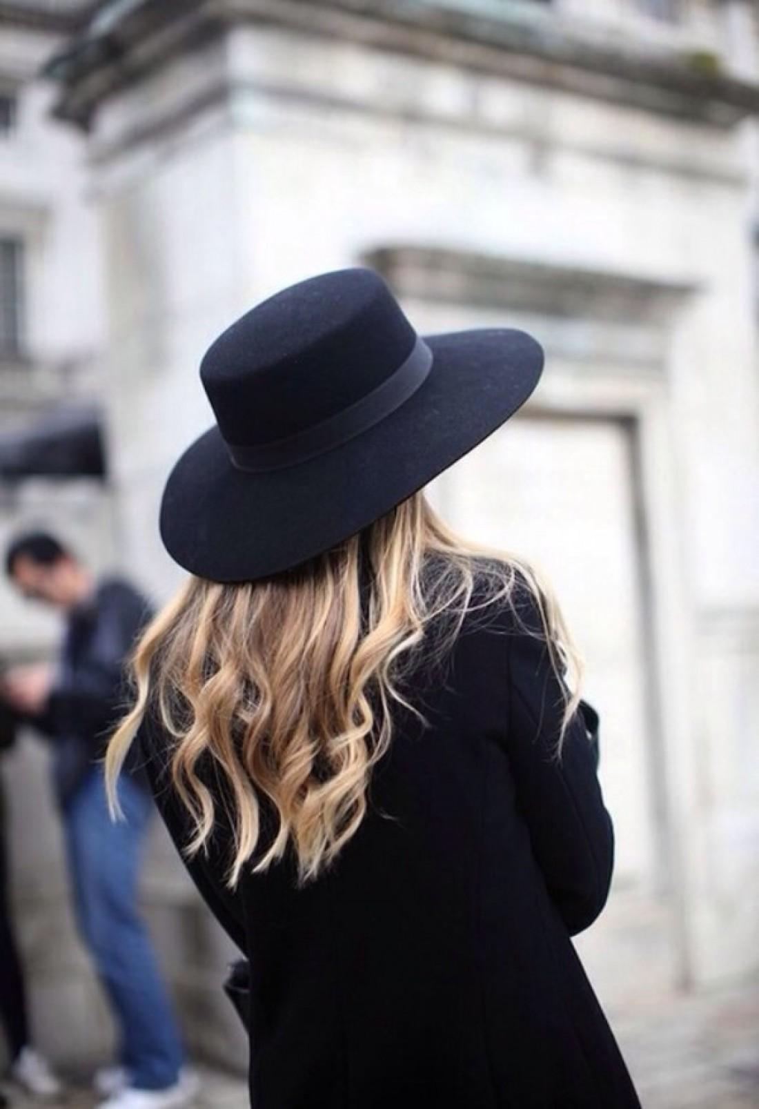 Широкополые шляпы отвоевали свое место на модном Олимпе
