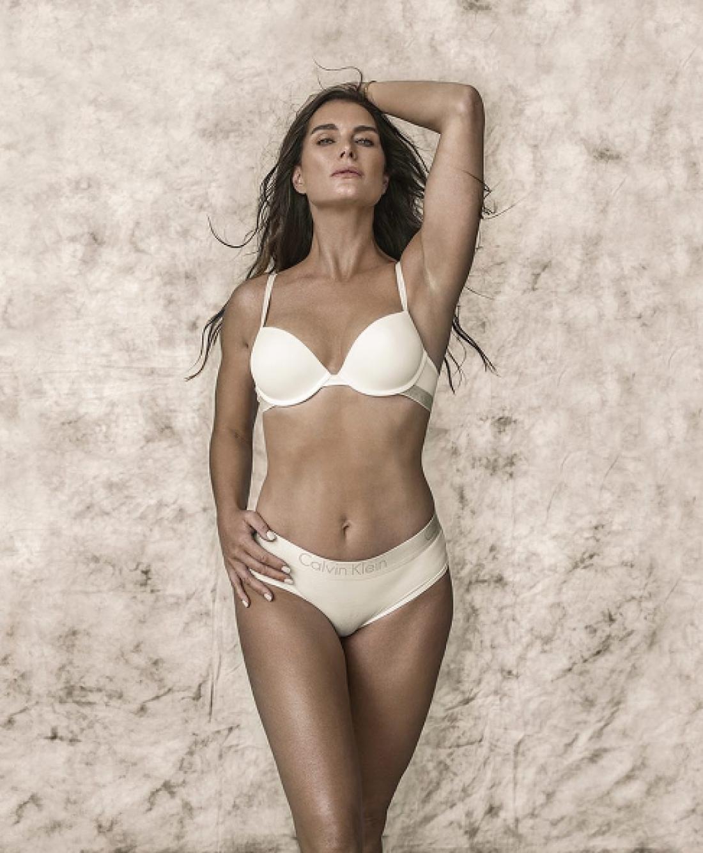 Возвращение легенды: 52-летняя Брук Шилдс снялась в рекламной кампании Calvin Klein
