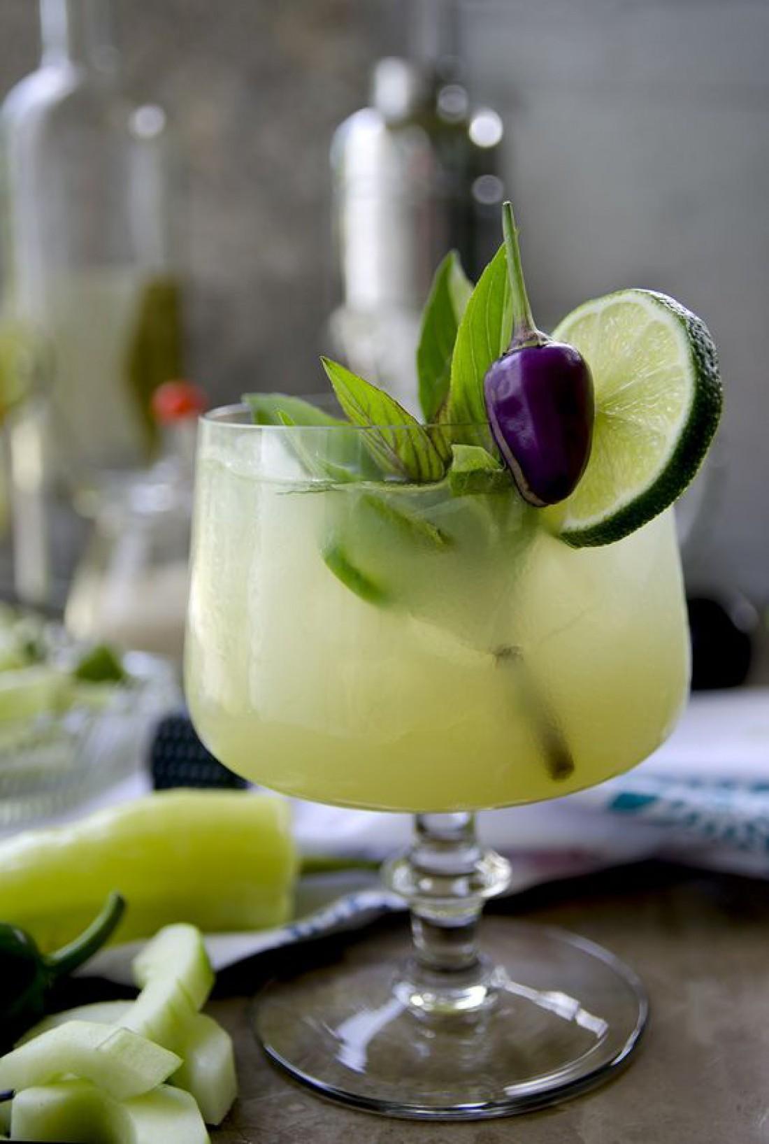 Лучшие коктейли на 8 Марта - рецепты