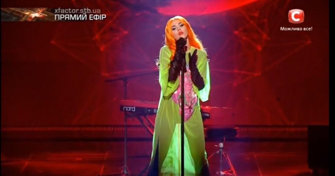 Х-фактор 7 сезон 1 прямой эфир: Юлия Санина спела несколько песен