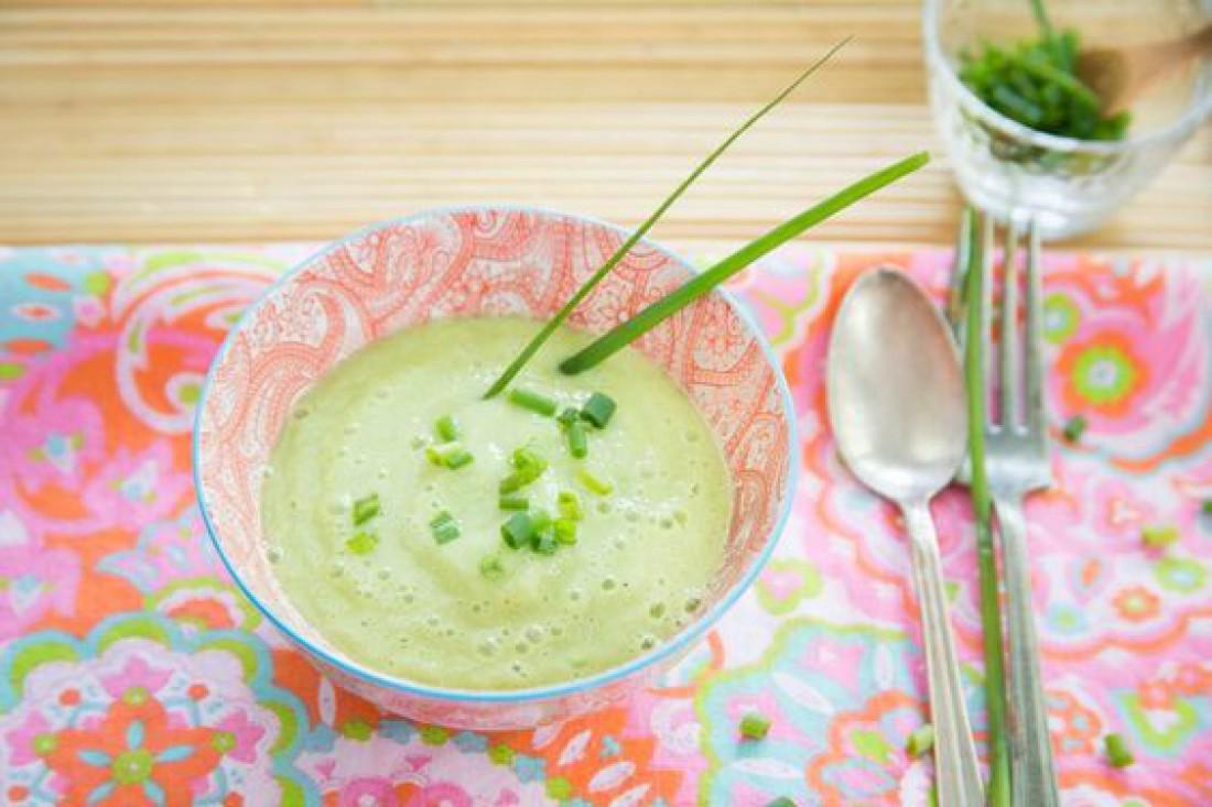 Суп из огурцов с плавленым сыром